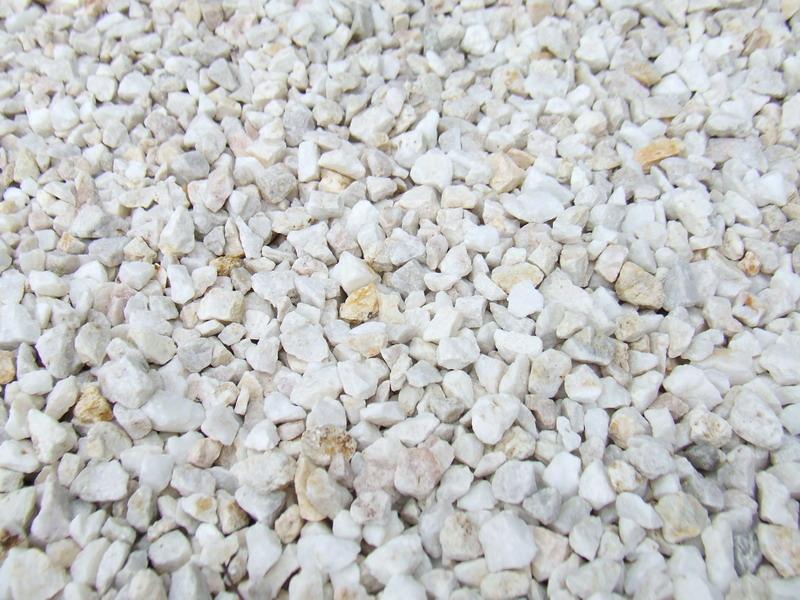 Gravillon de quartz 4 8 pour b ton d 39 argile acheter au meilleur prix for Prix gravillon blanc pour allee
