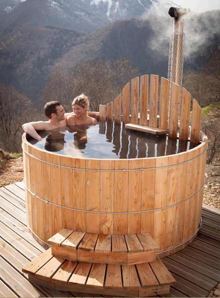 jacuzzi extrieur rond stunning photo spa exterieur spa design exterieur jacuzzi interieur prix. Black Bedroom Furniture Sets. Home Design Ideas