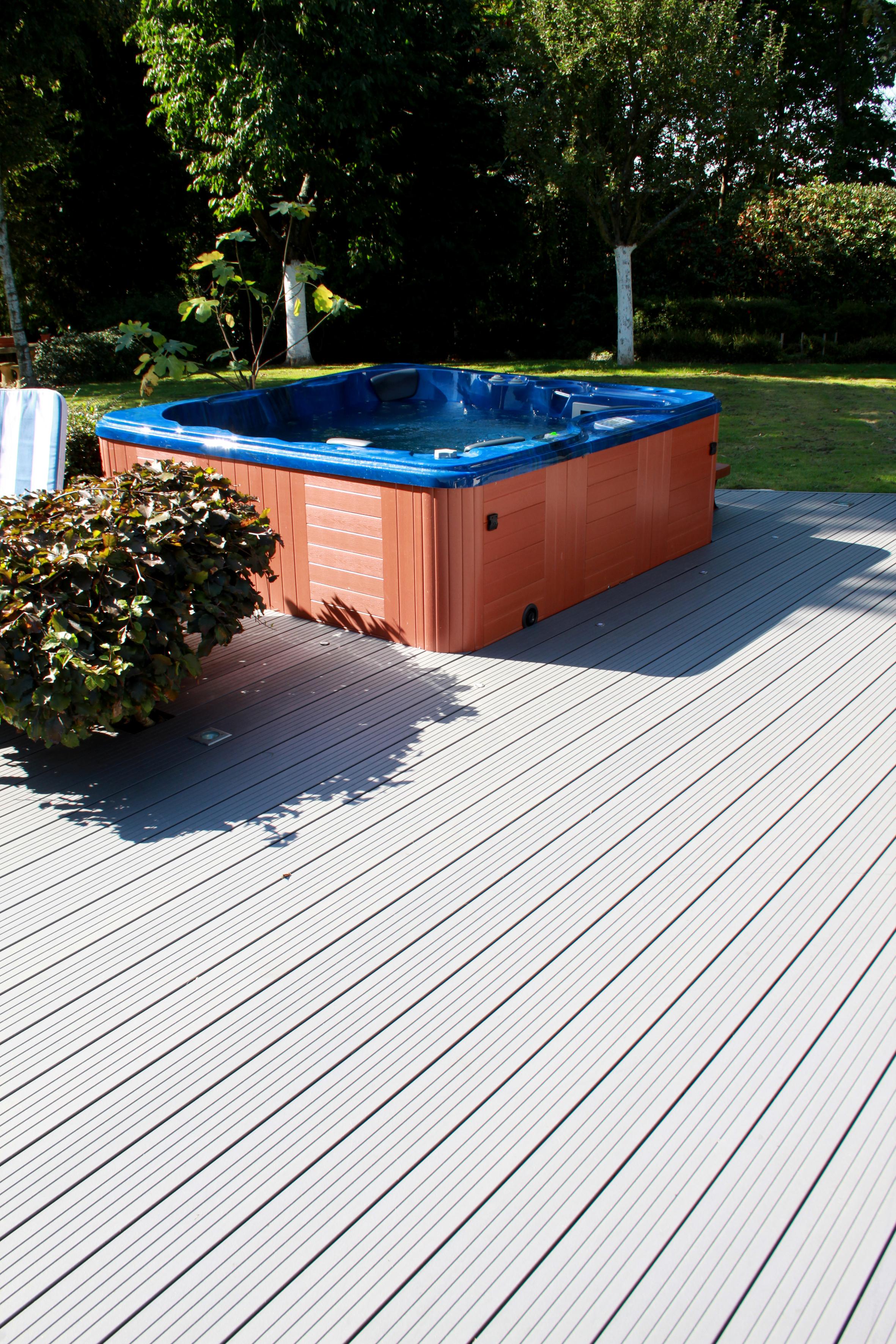 terrasse chanvre composite cologique 22x138 marron fonc acheter au meilleur prix. Black Bedroom Furniture Sets. Home Design Ideas