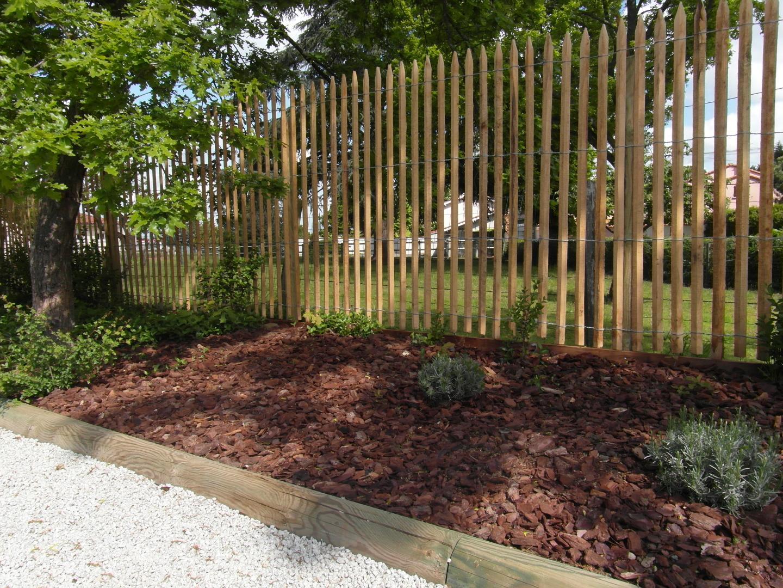Ganivelle clôture en bois de châtaignier scié